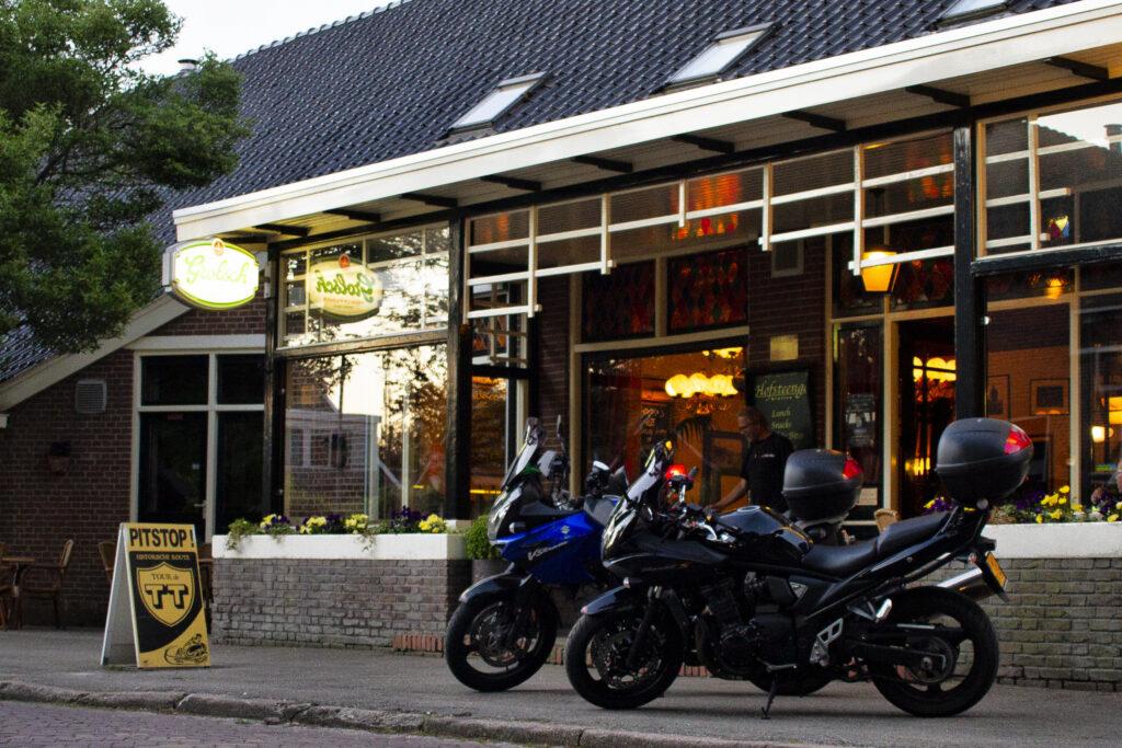 Vooraanzicht van Pitstop Restaurant in Drenthe