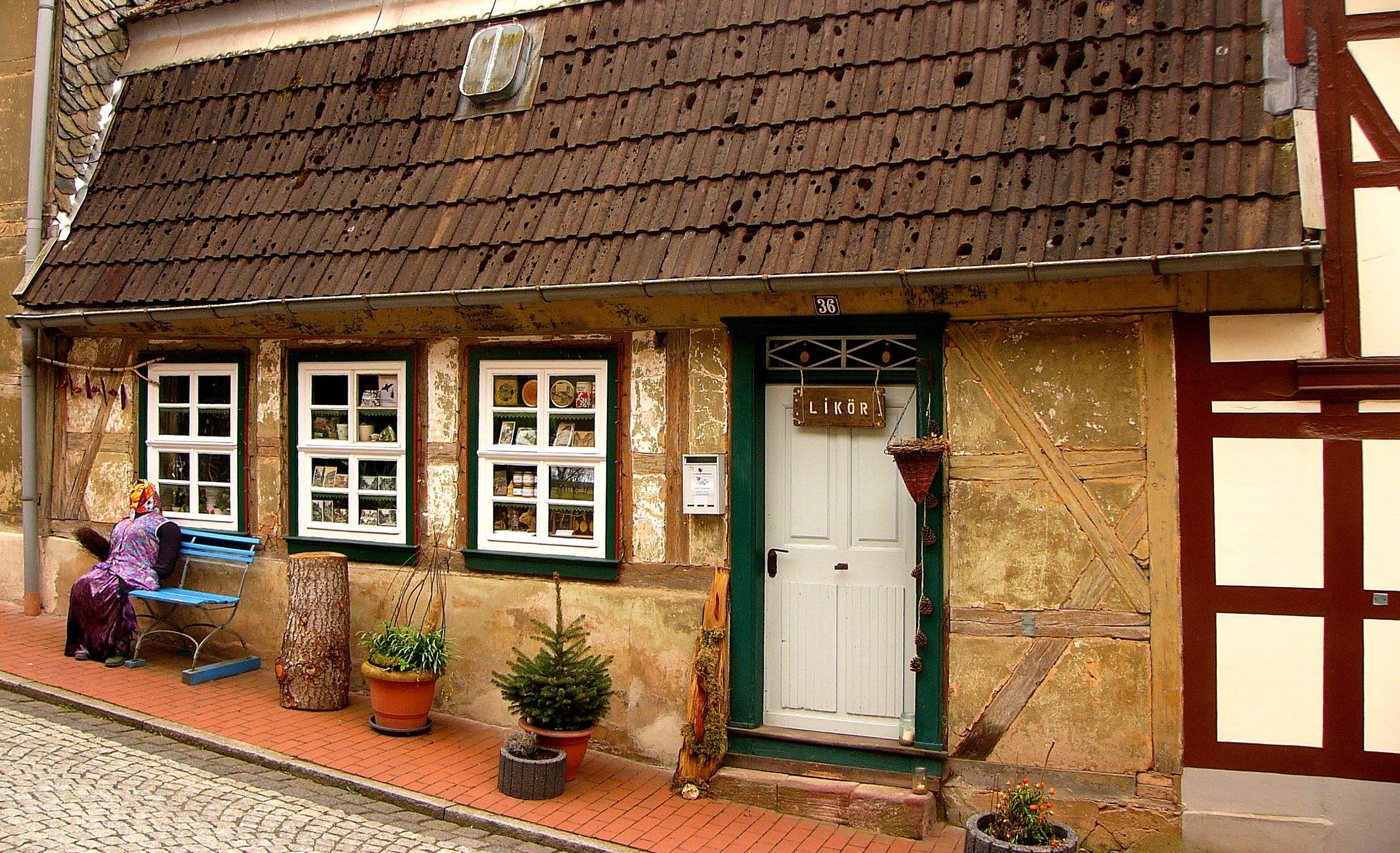 Typisch dorpshuizje in het centrum van Neustadt in Harz, Duitsland