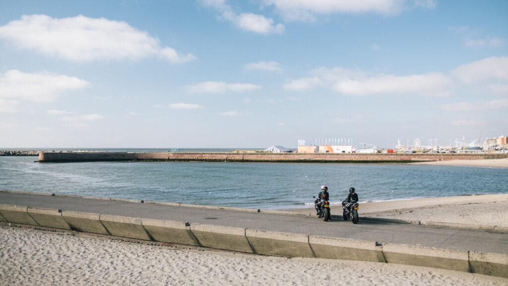 Uitzicht over de Pier tijdens een rondje motorrijden door het Westland