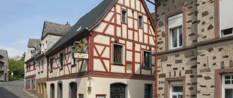 Alte Weinstube Burg Eltz in Treis-Karden