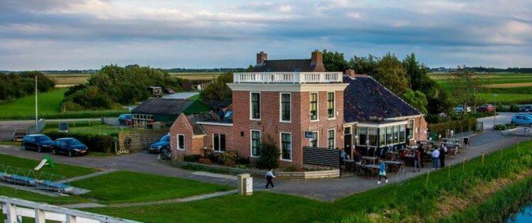 Noordpolderzijl Groningen en Café 't Zielhoes