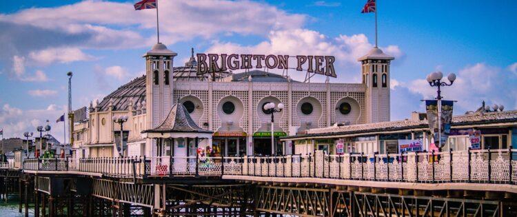 Uitzicht over de pier van Brighton