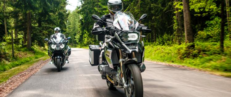 Bosrijk motorrijden
